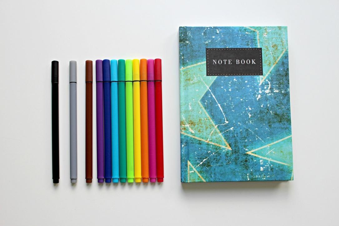 colour-pencils-1803668_1280